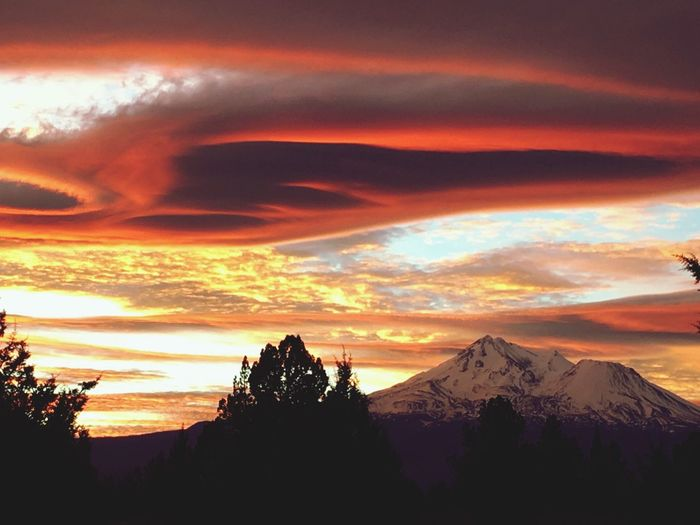 Beauty In Nature Sunset Sky Mountain Cloud - Sky Idyllic Landscape Tranquil Scene First Eyeem Photo
