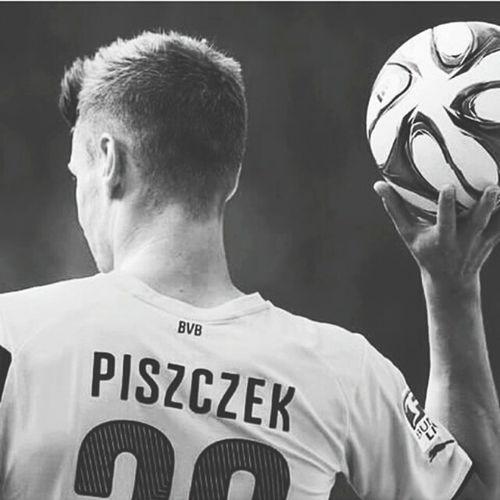 Łukasz Piszczek 26 The Best One <3 The Best Football Player Football Borussia Dortmund Bvbarmy Bvb♥ Bundesliga Polishboy