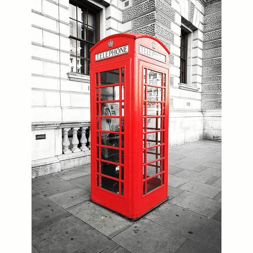 Red Red Communication Telephone Booth Built Structure Telephone Connection No People Pay Phone Telecommunications Equipment Close-up Architecture Day Outdoors Horizontal HuaweiP9 PhonePhotography Flyingfeelingphotography Traveling Colour Of Life United Kingdom Redtelephonebox Greatbritish London