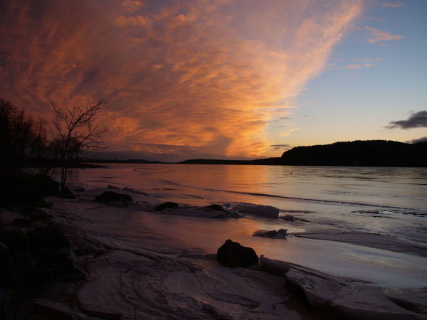 Sunset on the Kennebecasis River during Winter Ice Nature Sunset_collection Beauty In Nature Frozen River No People Outdoors, Outside, Open-air, Air, Fresh, Fresh Air, River Shore Sky Sunrise Sunset