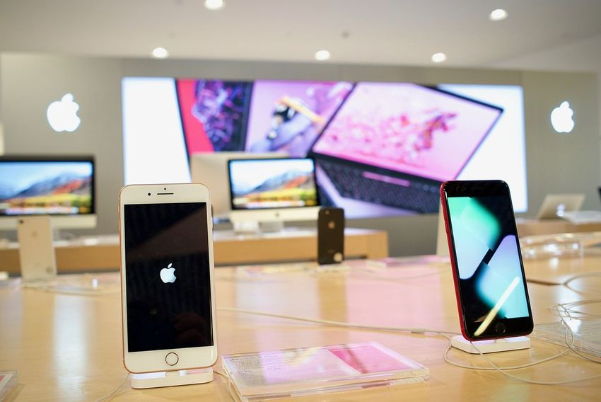 Apple Apple Iphone Apple Store Communication Device Screen IPhone 8 Mobile Phone Smart Phone Technology Touch Screen Wireless Technology
