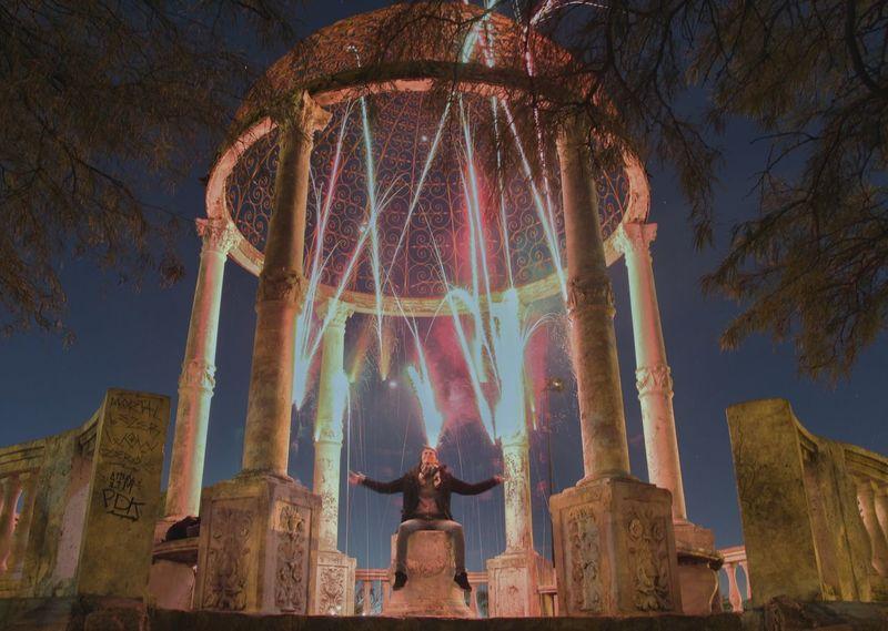 Fuegos Long Exposure Noche Nocturnal Nocturne Architecture Religion Travel Statue Travel Destinations Spirituality Ancient Built Structure Ancient Civilization Outdoors Sky Day