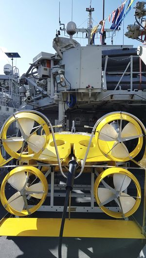 Transportation No People Outdoors Yellow Close-up Ship Ships Boats Ships⚓️⛵️🚢 Eye4photography  Taking Pictures Taking Photos Wereldhavendagen Nautical Vessel War Ship Yellow Color Underwater Amazing Objects Object Warfare Diving Equipment Divingphotography Harbor Something