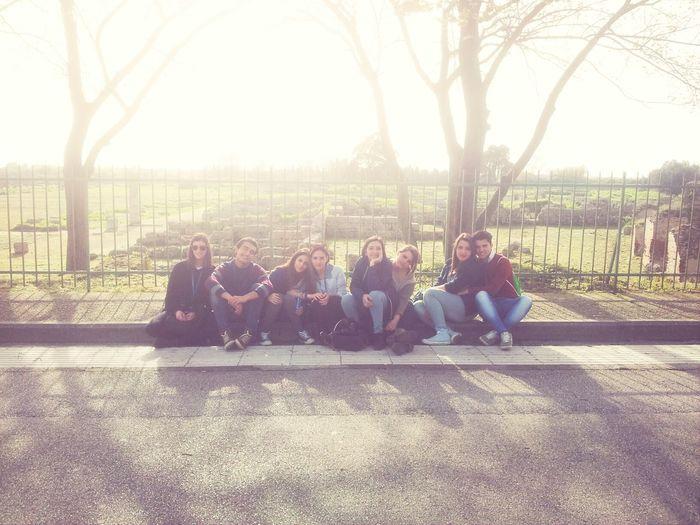 Friends, Paestum