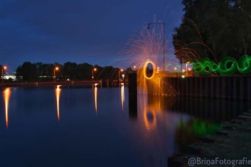 Night Reflection Illuminated Long Exposure Water River Outdoors No People Multi Colored LongTerm Lights In The Dark Longexposure Nightphotography Reflection Light Photography Lapp Lightpaintingart Light Painting Bulb Lightgraffiti Bulbphotography Lightpainting Lightpaintingphotography Steelwoolphotography Steelwool