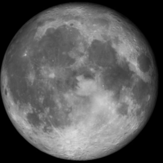 Luna Moon Moon Night Astronomy Moon Surface Full Moon Nature No People Beauty In Nature Tranquility Space Planetary Moon Outdoors Sky Scenics Space Exploration Close-up Half Moon