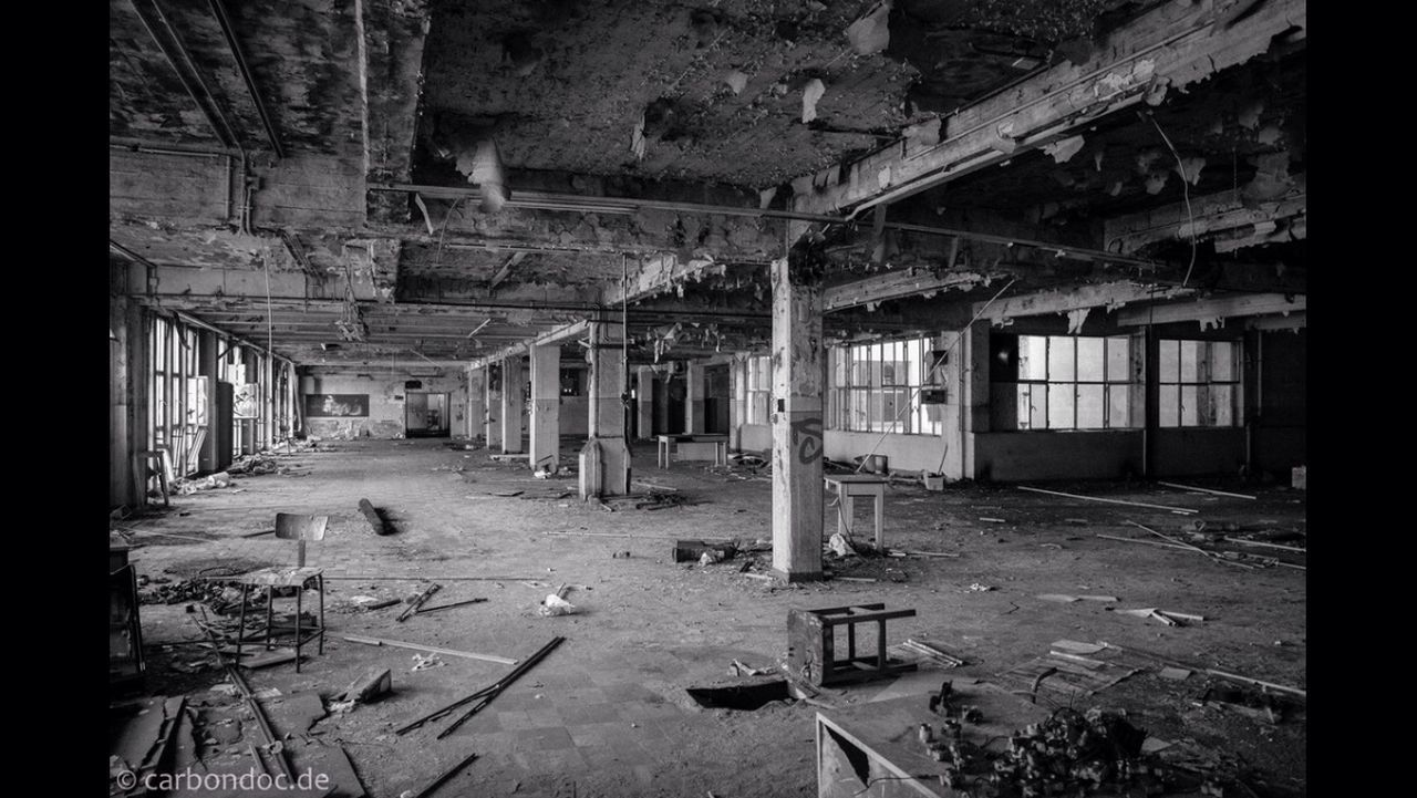 abandoned, destruction, damaged, indoors, obsolete, architecture, run-down, old ruin, no people, built structure, bad condition, day