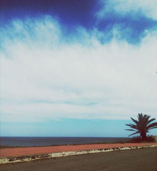 Ciel Et Mer la Nature Est Belle