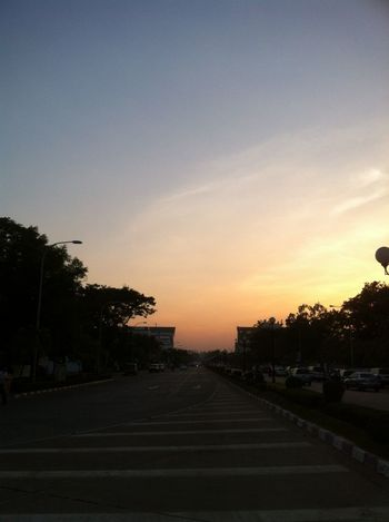 Sunset...luv it My Nice Shot Evening Sky Sun Light Feel Lonely