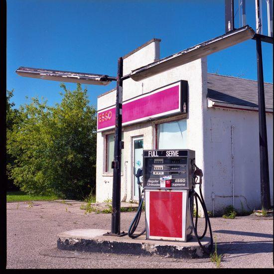 Hasselblad 500C/M Mediumformat Fujifilm400H Filmisnotdead Buyfilmnotmegapixels Ishootfilm Yqr Saskatchewan Abandoned Places Gasstation