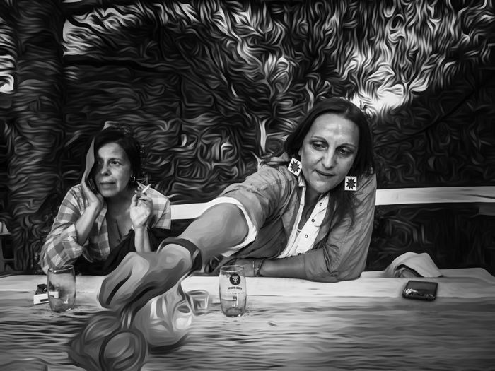 Another Drink This Summer Extensions Friends for Bnw_friday_eyeemchallenge Soulmates Enjoying Life in Nature Portrait in Blackandwhite Love in Black And White Two Is Better Than One Two Of A Kind Digital Art OpenEdit By The River in Serbia Women Around The World