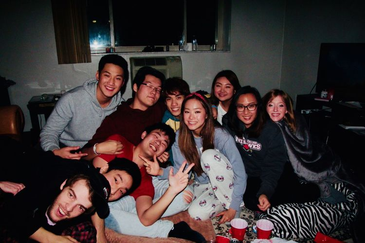 Adult Alcohol Bonding Celebration Cheerful Enjoyment Friendship Fun Happiness Indoors  Laughing Leisure Activity Medium Group Of People Night Nightlife Party - Social Event People Portrait Real People Smiling Togetherness Young Adult Young Women