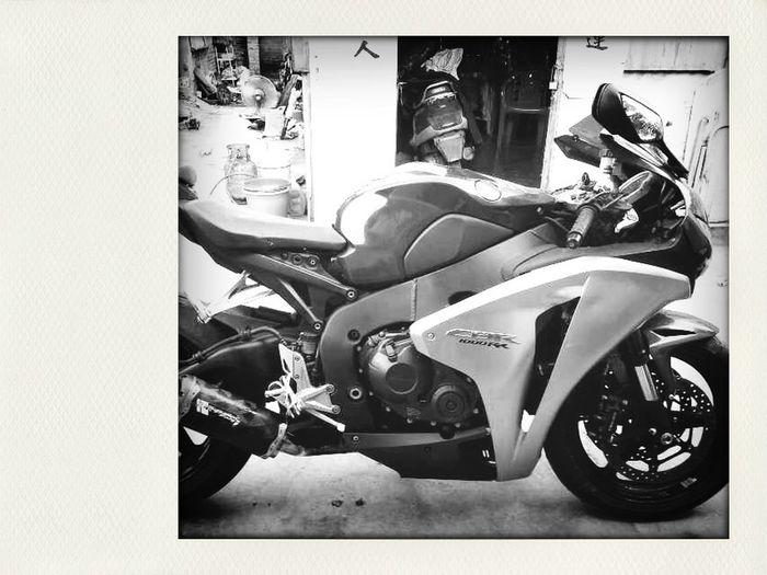 My CBR1000RR in JIESHI Jeytse Honda Cbr1000rr