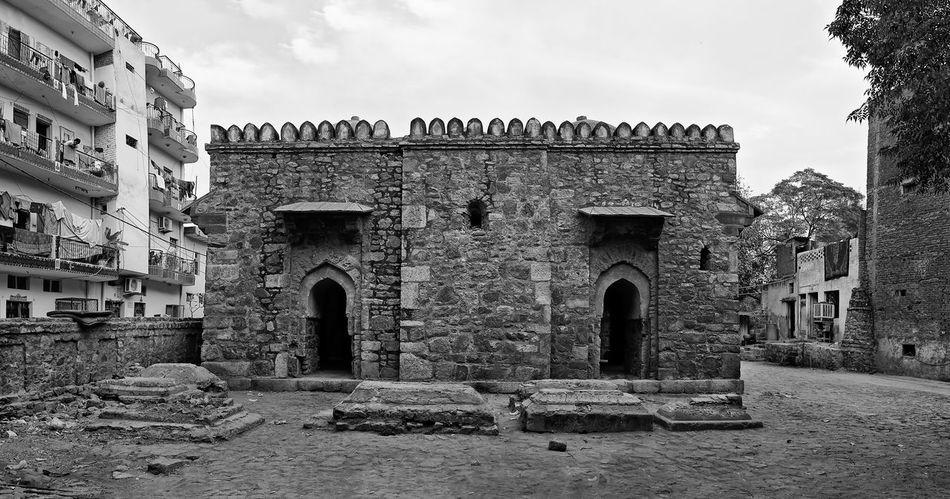 This image is part of my ongoing project covering the last resting places of Delhi Sultanate. Delhi Sultanate Delhi Sultanate Tomb Tomb, Monochrome Travel Ancient Civilization History Old Ruin Sky Architecture Building Exterior Built Structure Entryway Archaeology Historic Stone Material Ancient History Entrance