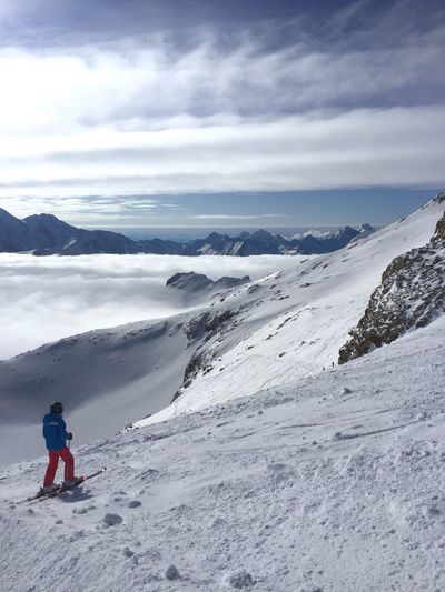 Hintertuxer glacier Mountain Sports Alps Above The Clouds Austria Tyrol Ski Skiing Real People Winter Sky Full Length Snow One Person Beauty In Nature Cloud - Sky Nature Weather Leisure Activity Mountain Lifestyles Cold Temperature Outdoors Landscape Adventure Scenics Childhood Day