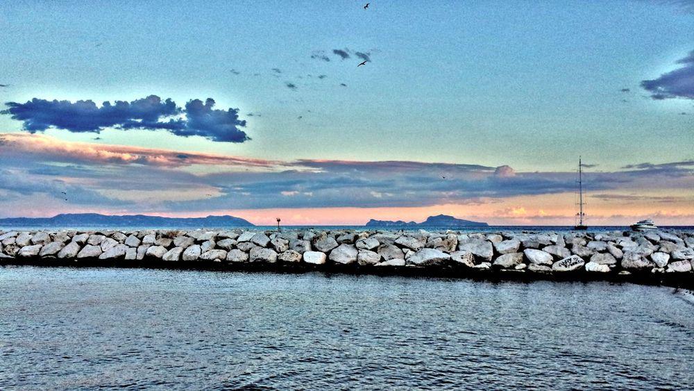 Sky Sea Scogliera Scogli Napoli Lungomare Outdoors No People Nature Cloud - Sky