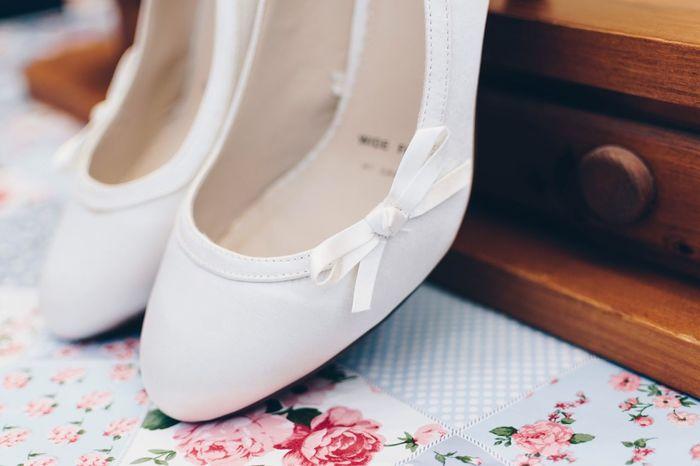 Weddingdetails Weddingcloseup Weddingshoes Wedding Photography EyeEm Selects Indoors  White Color No People Fashion Close-up Day EyeEmNewHere