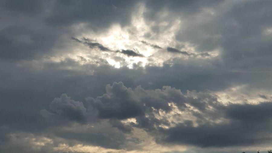 cloud Spirituality Storm Cloud Heaven Sunbeam Sky Cloud - Sky Cyclone Lightning Dramatic Sky