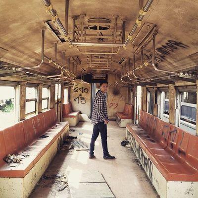 Edisi : JarambahMisteri Jug ijag ijug ijag ijug.. Kereta hantu berangkat.. TravelingPakeReceh JarambahBandung DiBawahLangitBandung BandungIsMe
