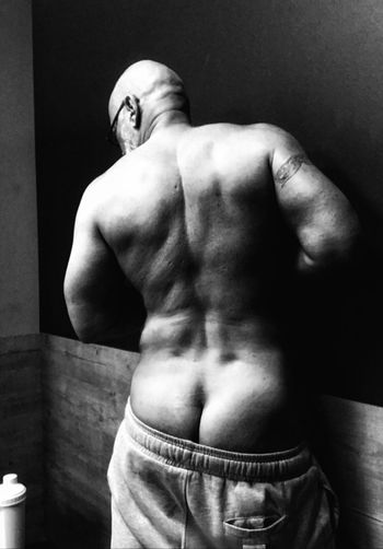 Muscular back Mature Adult Model Mature Men Sensual Man Self Portrait Black & White Natural Body Building Athlete Real People Only Men Healthy Lifestyle Sportsman Human Body Part Young Adult Gym Exercising