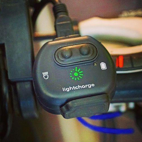 Check out my latest blogpost about the Lightcharge , a dynamo USB charger with only 23 gramm and compatible with the most used bike dynamos (bottle & hub). More to read -> www.biketour-global.de Twinheads Charger Biketouring Gear Cycling Usbcharger Bikedynamo Fahrrad Radtour Radzubehör Equipment Pushthebutton