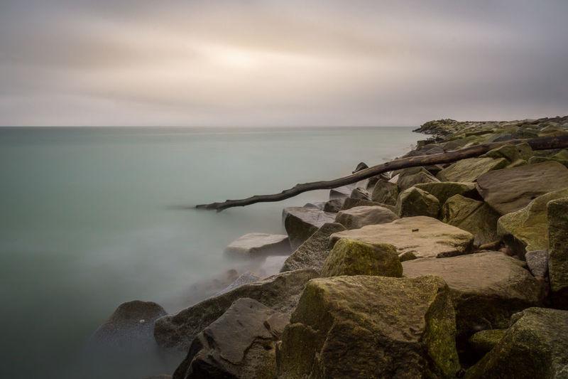 Steinküste mit