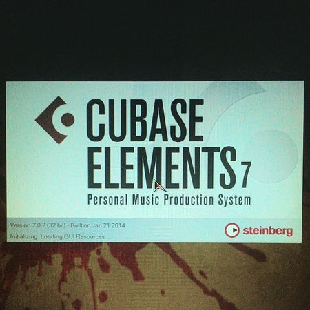 Nah @dilylakhalid, Cubase Elements 7. Pandai2lh you menelaahknnya nanti k. CubaseElement7 Cubase Element7 LatestSoftware .