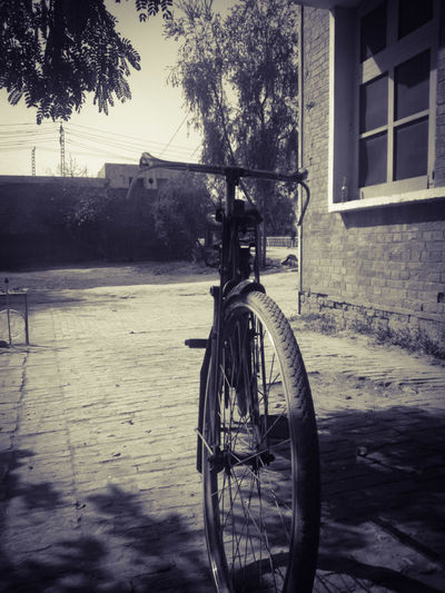 Off I go Hiking Spokes Simple Things No People Hobbies Cycling Travel Seclusive Wheel Bicycle The Traveler - 2018 EyeEm Awards