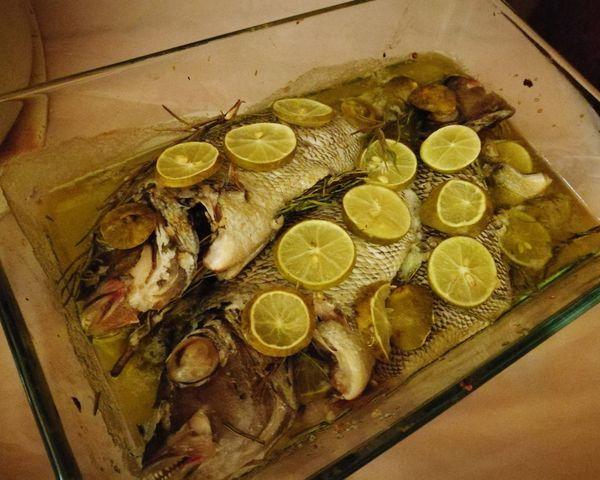 Freshcaughtfish Cooked Oven Oliveoil Seasalt Rosemary Garlic Lemonjuice Fish SEAFOOD🐡 Foodphotography Sinai RedSea Egypt Leicacamera