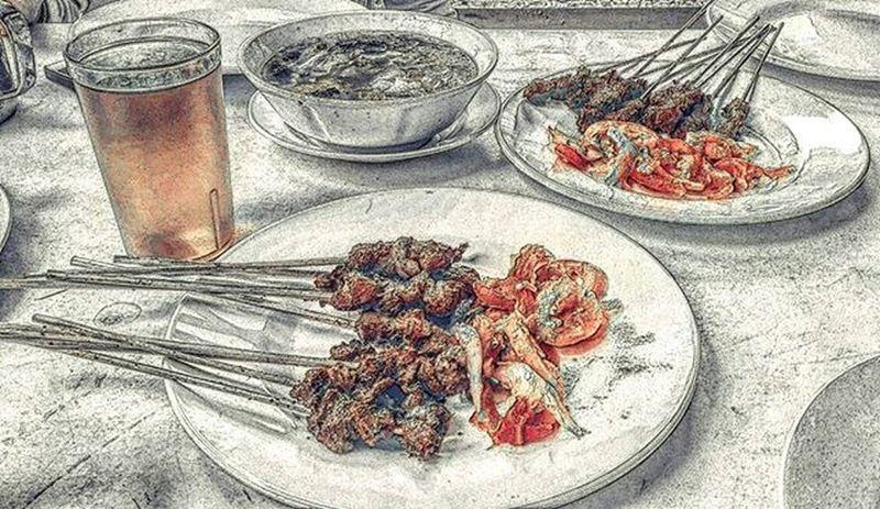 Maranggi satay!.. One of recommended satay in purwakarta, west java - Indonesia👍👍 . . Satay Sate Satemaranggi Satemaranggicibungur Purwakarta Explorepurwakarta Street Food Worldwide SataySatay