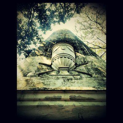 Tomb of Sir William Jones founder of Asiatic Society Calcutta Kolkata Incrediblecalcutta Heritage history hyperpolyglot calcuttaphototours orientalist english