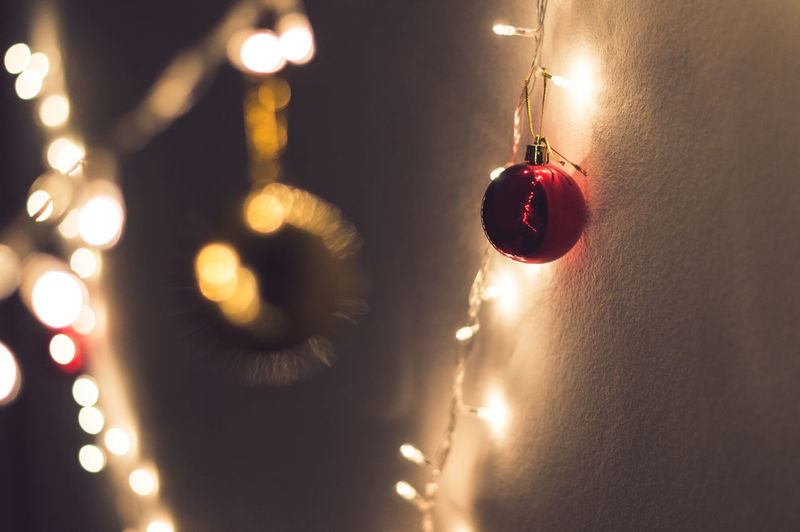 Christmas spirit Calmness Christmas Christmas Decoration Christmas Lights Christmas Ornament Close-up Electricity  Gold Hanging Illuminated Indoors  Lowlight Photography Night No People Red
