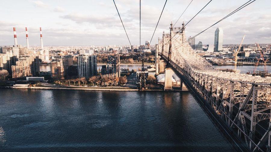 Roosevelt Island Cable Car New York Upper East Side Manhattan  Manhattan