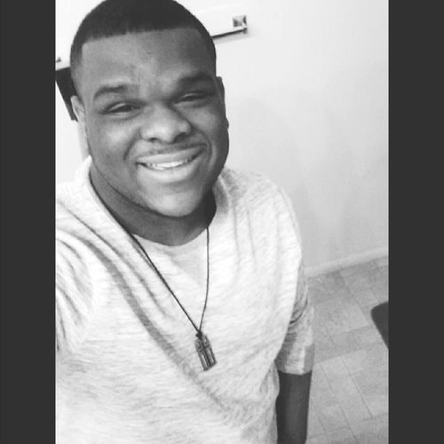 Con/fi/dence People Are People It's A Thousand Storys Behind This One Smile :) RePicture Style Smile ✌ Be Yourself Because An Orignal Is Worth More Than A Copy Blackandwhite