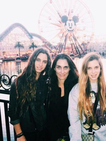 Las quiero mis niñas. Disney California Adventure My Girls ♥ Holidays Disneyland