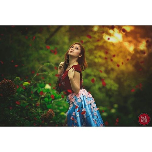 @shintairawan Photoindonesia Modelindonesian Modeling Photography fashion flower trickoutheart glamour