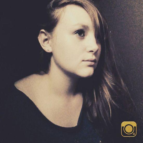 Selfshoot Selfpicture Selfie Selfie ✌ Good Life Selfportrait Portrait Self Portrait French Girl