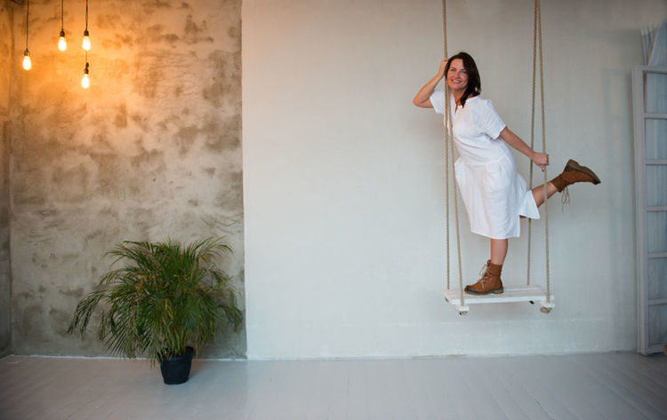 Fashion Swinging Adult Adults Only Big Size Day Full Length Indoors  Linen Linen Cloth Model One Person One Woman Only One Young Woman Only Only Women People Real People Smile Smiling Summer Clothing Summer Fashion Swing White Background Young Adult Young Women