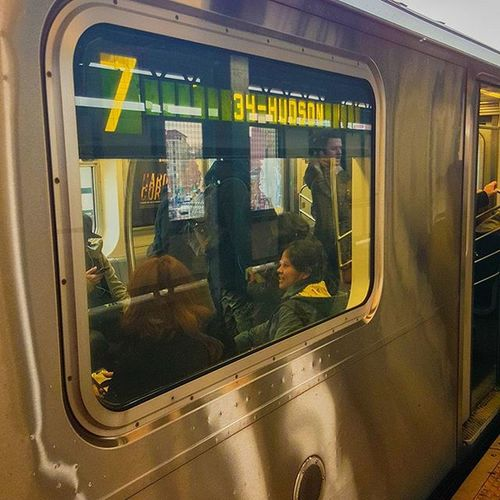 Nbc4ny 7train Rooseveltavenue Rooseveltave Mta Flushing Queens Newyork Newyorkcity Nyctransit NYC Nycmta Trainstation Subway Nycsubway