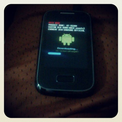 Look what I'm doing to this baby...Android Galaxypocket Hobby