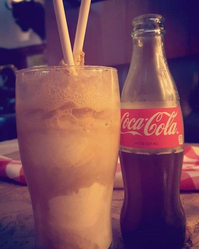 {share a Coke and a smile...} Cokefloat Summersips Liptolip Cocacola Notsovanilla