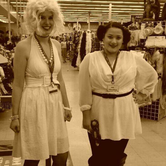 Merlinmonroe Princessleia Starwars Halloweenideas hairbuns halloween costumeconsultant