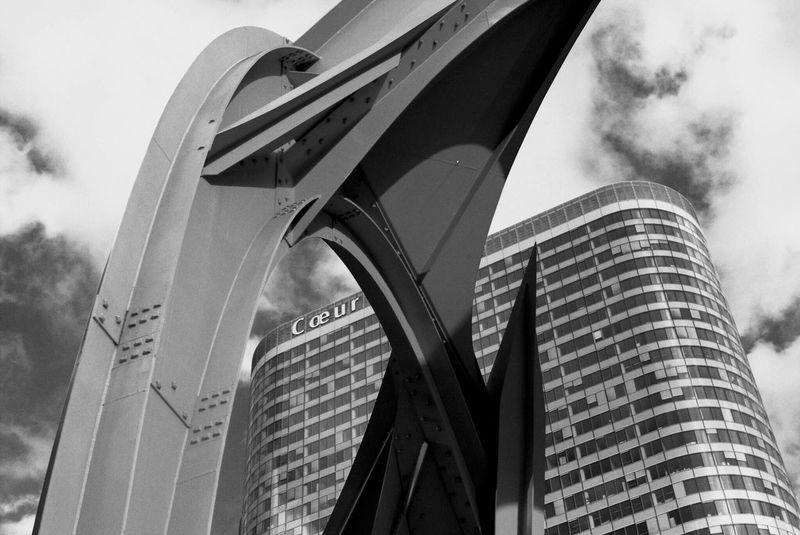 Courbevoie La Défense Black And White Coeur  Heart France France Photos