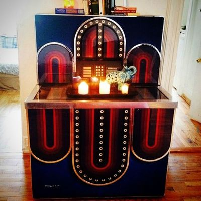 We're selling the jukebox! Spread the good word, folks. $400 and you have yourself a deal. The plug needs to be replaced, but she's a real beaut ;) Askyourfriends Jukebox Regram Forsale Buyme