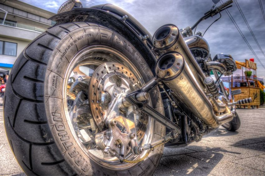 DDESIGN HDR PICTURE Hdrphotography Hdr Edit Hdr_Collection EyeEm Best Shots HDR First Eyeem Photo Transportation Mode Of Transportation Motor Vehicle Land Vehicle Car City Metal Nature Close-up Architecture Street Day Stationary No People Outdoors Building Exterior Road Sunlight Sky Wheel The Street Photographer - 2018 EyeEm Awards The Creative - 2018 EyeEm Awards EyeEmNewHere