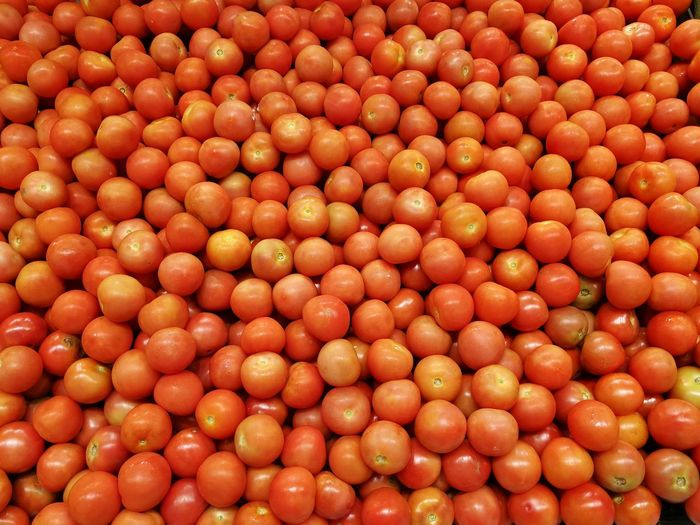 Tomato Close-up Red Full Frame Healthy Lifestyle Vegetarian Food Vegetable Soup Comfort Food Pesto Sauce Macaroni