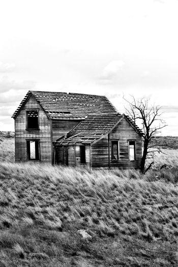 Abandoned Places Creepy House Taking Photos Black & White