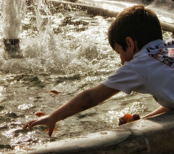 Kids Being Kids Kidsphotography Playing With Water Syntagma Square Fountain Water Feature Streetphotography Street Photography Athens Athens, Greece Up Close Street Photography Enjoy The New Normal What Who Where