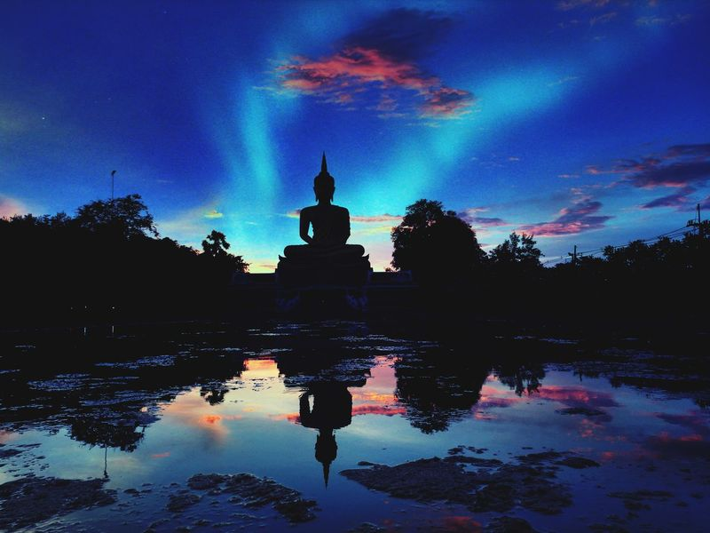 Reflection Statue Water Religion Sunset Business Finance And Industry History Architecture Cloud - Sky Spirituality Sky Night Travel Destinations Outdoors Sculpture Landscape Dawn No People Tree Lotus Water Lily Your Ticket To Europe EyeEmNewHere