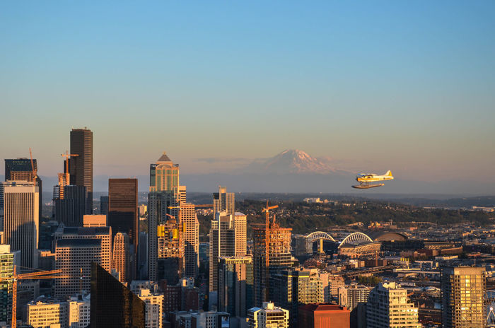Seattle!? Have you ever seen the rain? Architecture City City And Mountain City And Nature City And Plane City And Sky City Skyline Citylife Downtown Downtown Seattle Evening Evening Sun Mount Rainier Not Dark Yet Office Building Exterior Plane Planes City Postcard Sky Skyscraper Spaceneedle Spaceneedleview Sunset Urban Skyline Waterplane Adapted To The City EyeEmNewHere